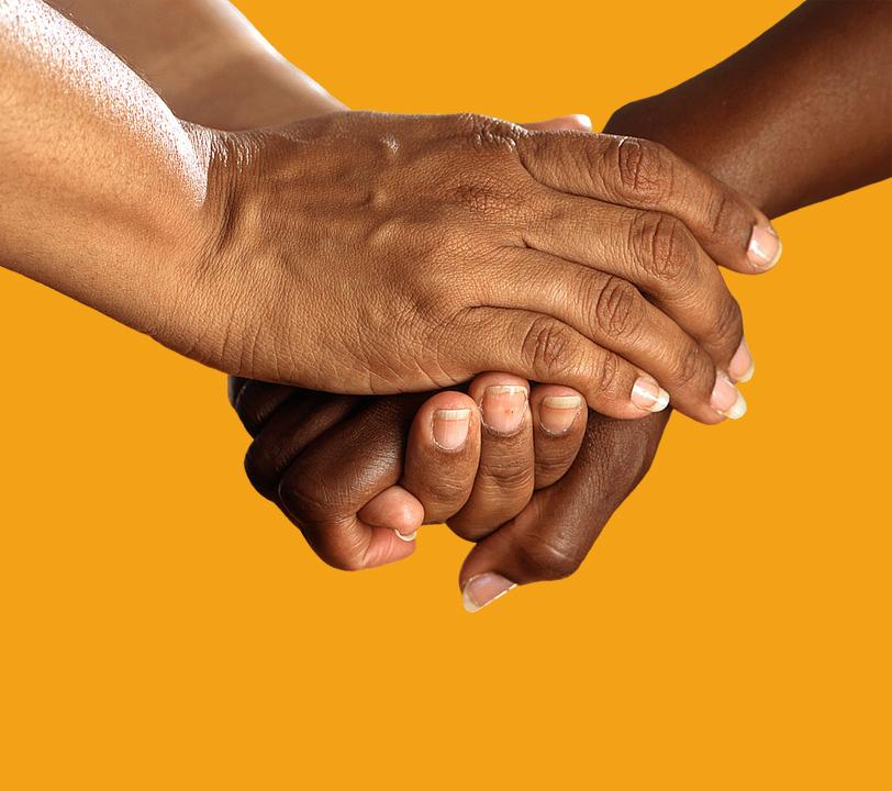 Diventa socio - Mani di conforto